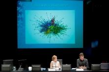 Uns nous serveis socials:com es pot reconstruir el sistema Torre Agbar