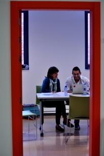 Membres del Comitè Organitzador preparant les conclusions del dia